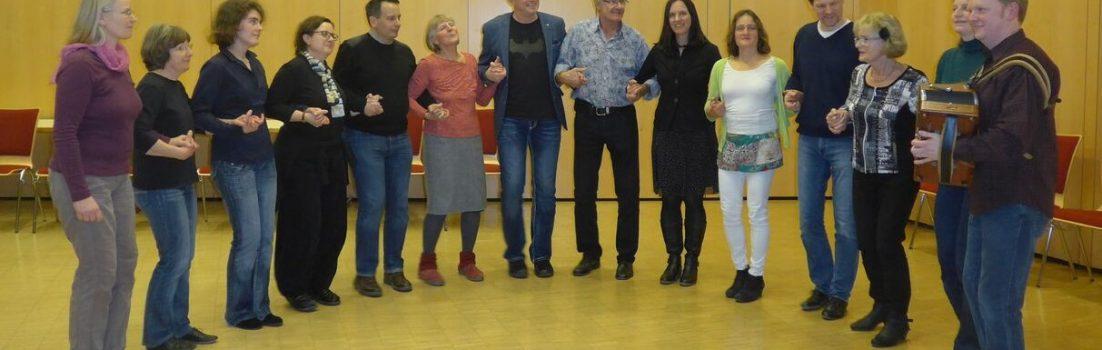 danzamol Gründungsmitglieder tanzen Hanter dro